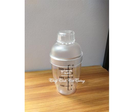 Shaker nhựa vạch đen 350ml